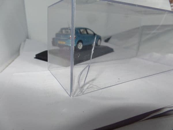 Corgi Lledo Vanguards VA09404 1/43 Scale  Vauxhall Astra Sxi Breeze Blue Poor Box